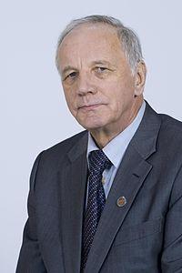 200px-Jan_Rulewski_Kancelaria_Senatu